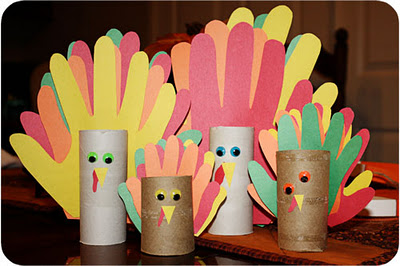 Hand print turkey #kidcrafts #thanksgiving - Liz on Call