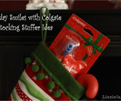 Holiday Smiles with Colgate Holiday Packs