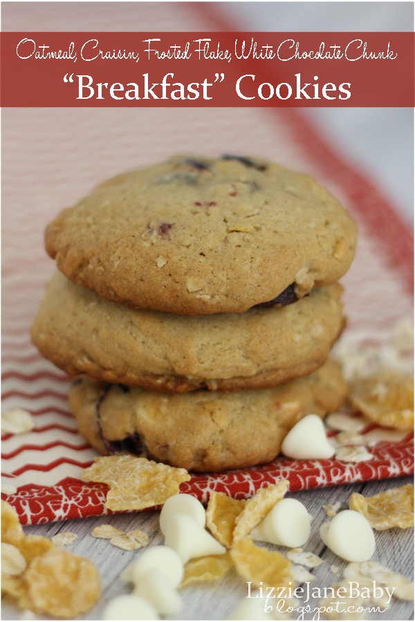Cookies for breakfast? These cookies have all your favorite breakfast items #breakfast #cookies - Liz on Call