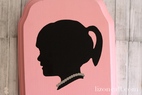 Vinyl Silhouette Jewelry Plaque 4