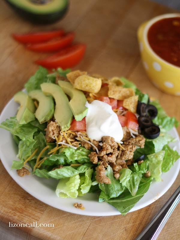 quick and easy taco salad #salad #taco #15minutesuppers (lizoncall.com)
