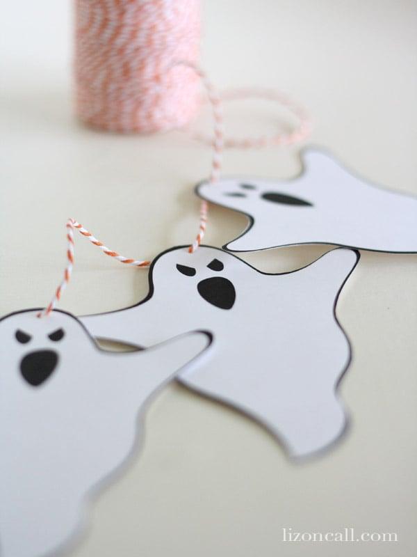 Free printable ghost banner #halloween #banner - Liz on Call