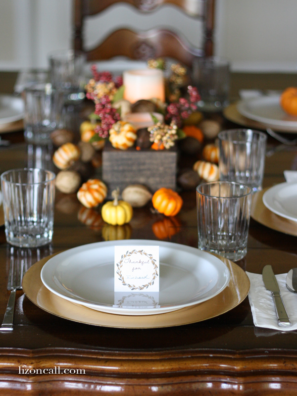 http://lizoncall.com/wp-content/uploads/2014/11/Thanksgiving-Placecards-6.jpg