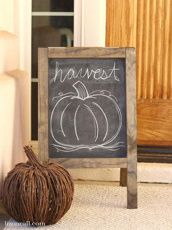How to build an A Frame Chalkboard sandwich board - lizoncall.com