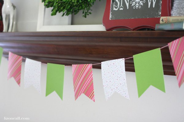 Simple Christmas Mantel in classic Christmas colors: red, white and green - lizoncall.com