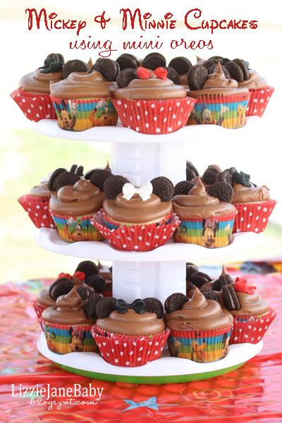 Mickey and Minnie Cupcakes #Disneyside Party
