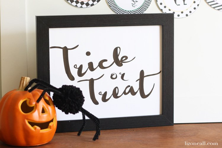 http://lizoncall.com/wp-content/uploads/2015/09/Trick-or-Treat-Print-2.jpg