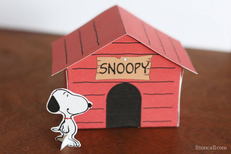 Dog Craft Ideas For Kids Part - 50: Printable Snoopy Dog House - A Fun Craft To Do With The Kids. Plus 10