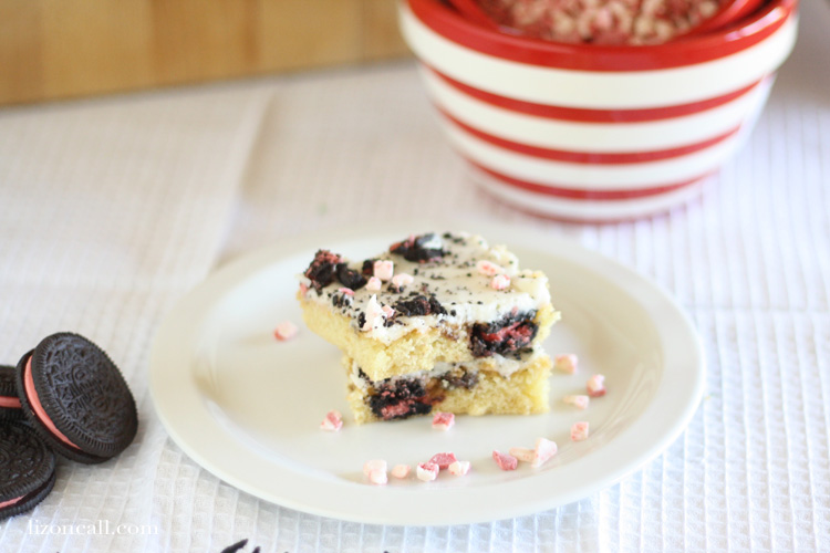 Peppermint cookies and cream sheet cake recipe