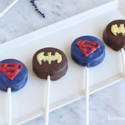 Batman versus Superman Superhero Oreo Pops
