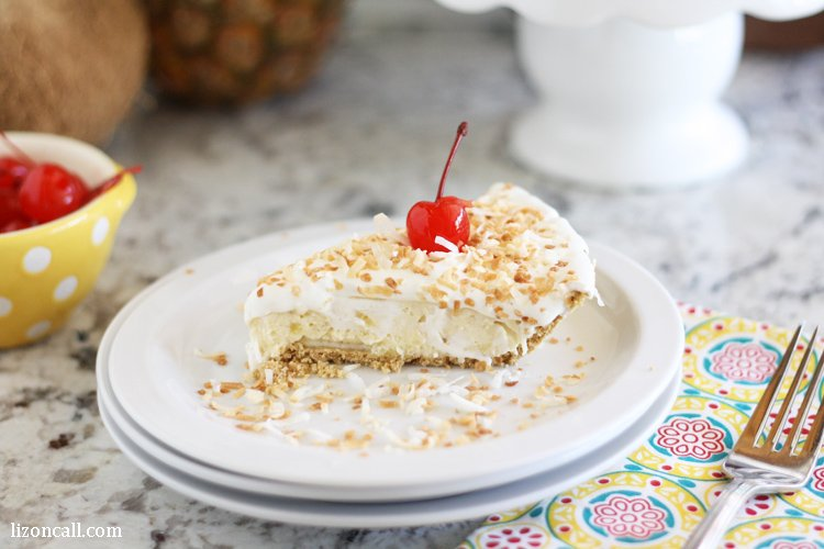 Get a taste of the tropics with this no bake hawaiian cheesecake.