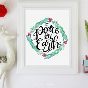 Hand lettered Peace on Earth Christmas Printable.