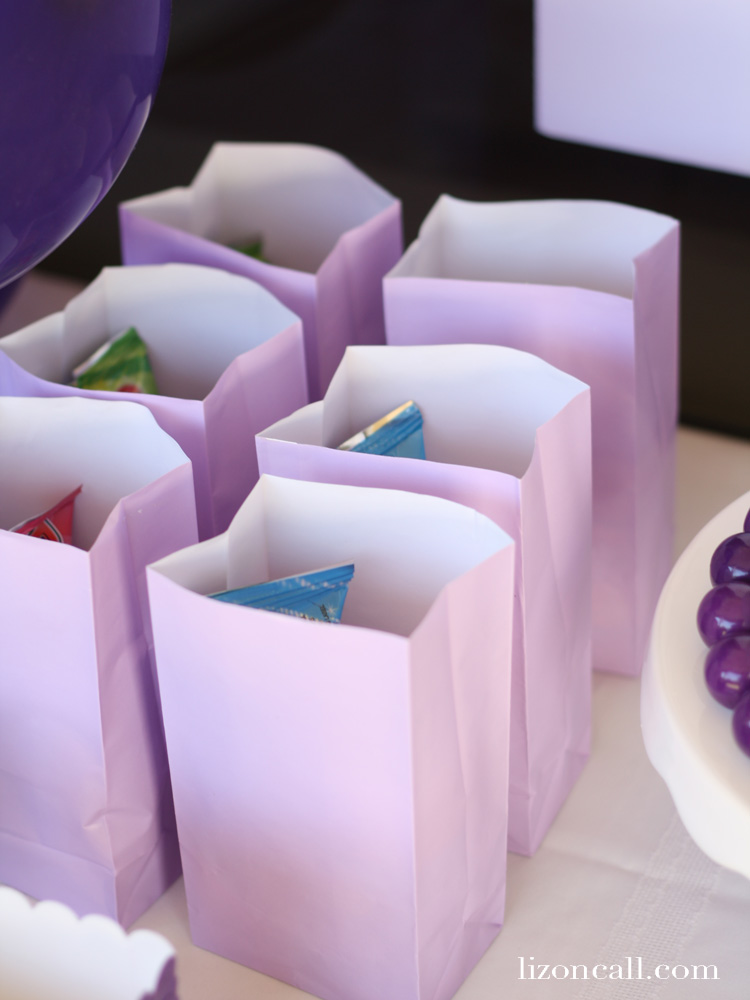 How to create a great purple birthday party, when all you have to go on for inspiration is your daughters favorite color.