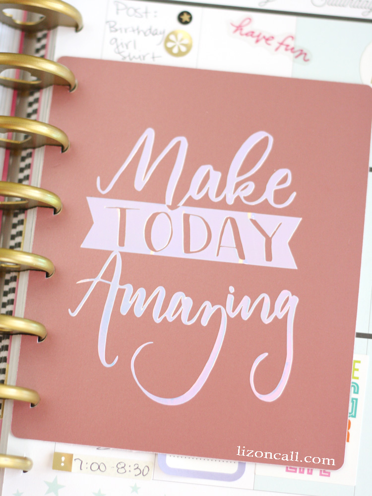 Everyone can use a little happy motivation in their day. This DIY planner dashboard is easy to make with this free cut file and tutorial.