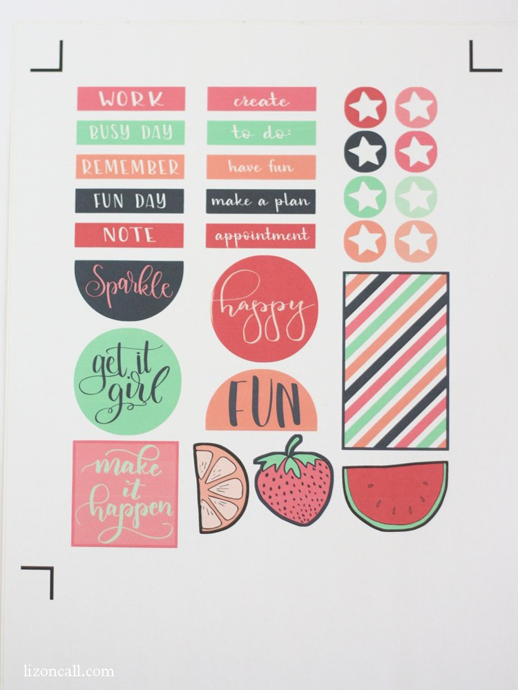 Add some extra fun to your planner this week with these free printable planner stickers. Get the download and tutorial for this easy print and cut project.