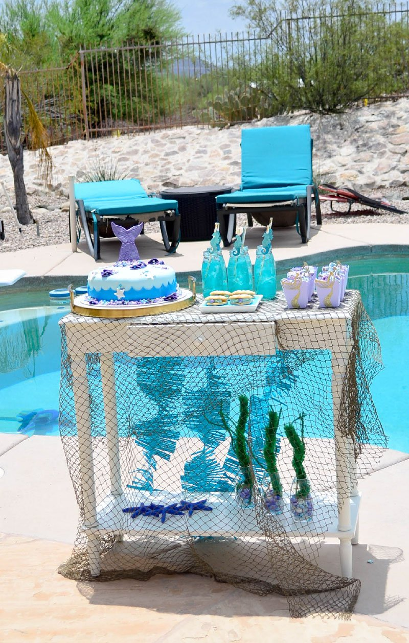 Mini Mermaid Party with yummy treats and DIY decorations.
