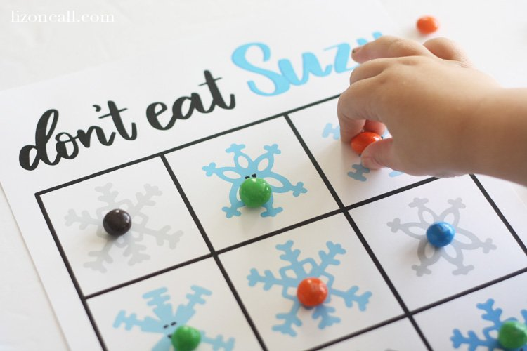 Get the kids excited for Christmas with these fun free printable Christmas activities. They'd be great on a Christmas kid's table too.