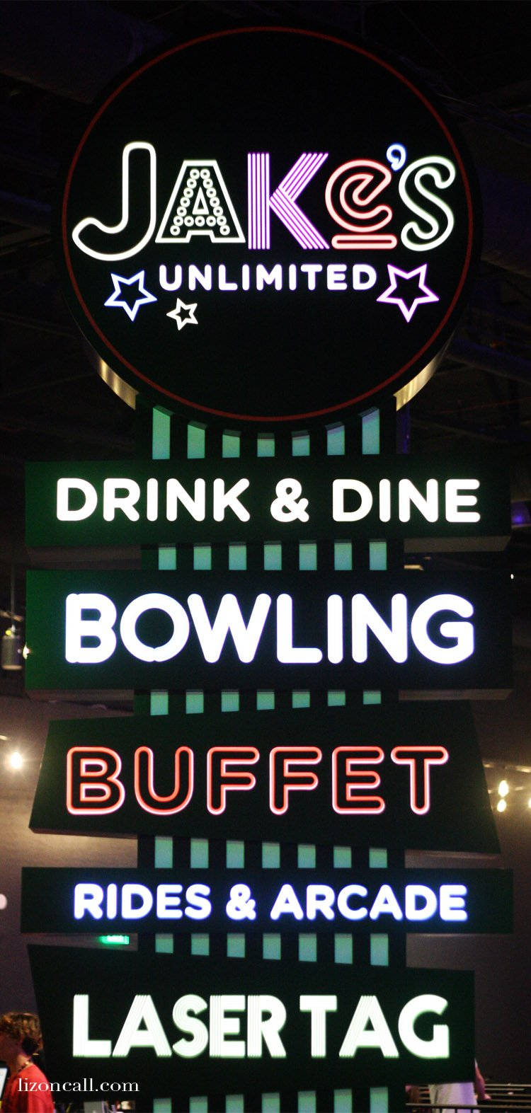 Jake's Unlimited in Phoenix AZ has bowling, buffet, rides, arcade games and Laser tag
