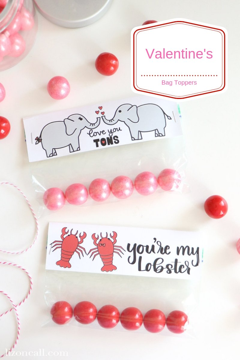 Use your favorite Valentine's cut files to create these Valentine's Bag Toppers and make easy Valentine's treats for classrooms, friends, neighbors and loved ones. #valentines #freshcutsvg