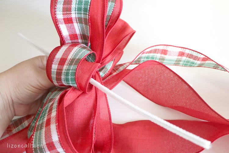 How To Make A Double Ribbon Bow For A Wreath