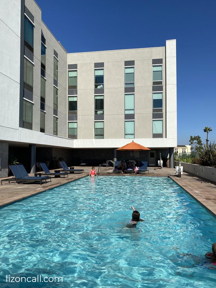 Hampton Inn Suites 6