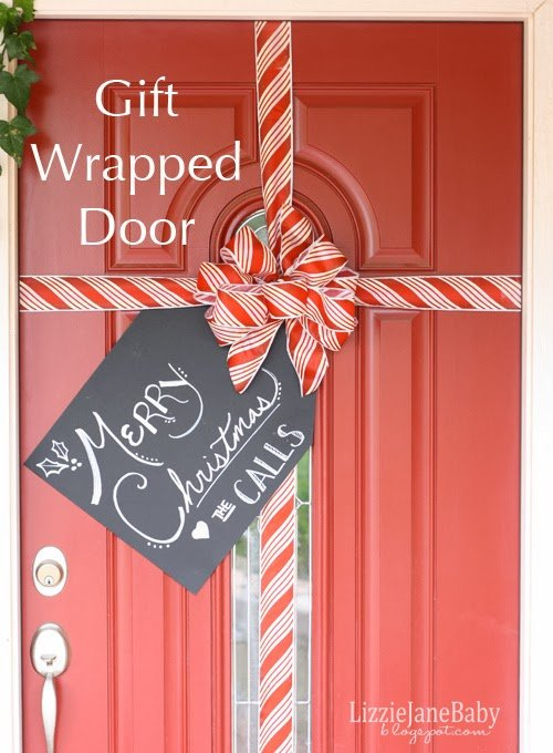 Gift Wrapped Front Door With Tag Liz On Call